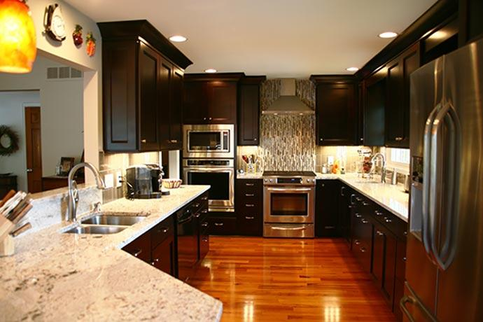 Let our design professionals help with your kitchen or bath remodeling project - Go where the pros go!